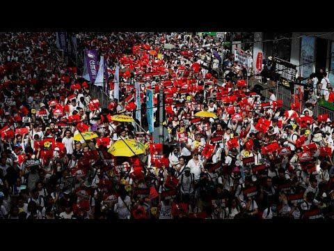 Hongkong: Massendemonstration gegen Auslieferung Besc ...