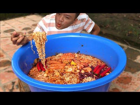 Làm Thau Mỳ Cay Khổng Lồ To Nhất Việt Nam - Thời lượng: 14:10.