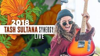 "Video Tash Sultana ""Synergy"" (Live) - California Roots 2018 MP3, 3GP, MP4, WEBM, AVI, FLV September 2019"