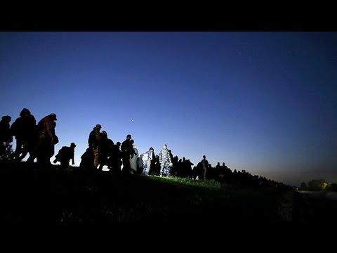 Προσφυγική κρίση: Μίνι σύνοδο των χωρών της «βαλκανικής οδού» συγκαλεί ο Γιούνκερ