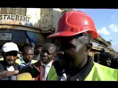 Le Gouverneur Julien Paluku lance les travaux d'asphaltage de la toute première rue dans la ville de Butembo.