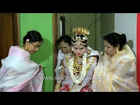 Video Manipuri bride gets warm welcome as she enters her new home download in MP3, 3GP, MP4, WEBM, AVI, FLV January 2017