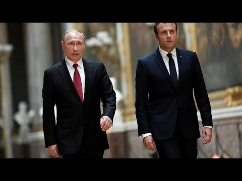 Στην Γαλλία ο Πούτιν για συνάντηση με τον Μακρόν