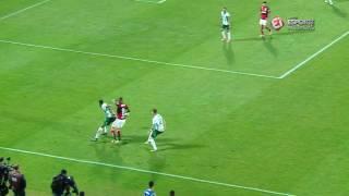 Atacante do Flamengo deu drible desconcertante no zagueiro do Palmeiras, no empate em 2 a 2 na Ilha do Urubu, pelo Brasileirão.PROGRAMAÇÃO DO ESPORTE INTERATIVO NO YOUTUBE:Segunda (11h) - Na Gaveta do Mauro BettingSegunda (18h) - Gol de OuroTerça (11h) - VSRankingQuarta (11h) - De SolaQuinta (11h) - TabelandoSexta (11h) - Polêmicas Vazias