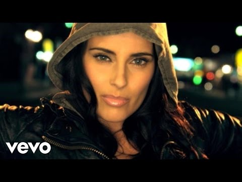 0 Video Night is young Nelly Furtado