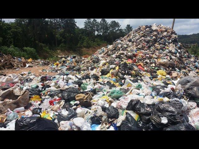 O lixão de Juquitiba Voltou - Lotado
