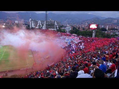 Medellín 2 Cali 1 - Liga Águila 2018 - Recibimiento y cantos de la hinchada roja - Rexixtenxia Norte - Independiente Medellín - Colombia - América del Sur