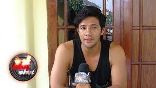 Video Ammar Zoni Ungkap Penyebab Kisah Cinta dengan Ranty Kandas - Hot Shot 04 Agustus 2018 MP3, 3GP, MP4, WEBM, AVI, FLV September 2018