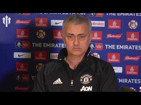 Jose Mourinho: 'JUDAS IS NO.1!' FULL PRESS CONFERENCE Chelsea 1-0 Man United (видео)