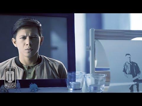 Video NOAH - Cinta Bukan Dusta (Official Video) download in MP3, 3GP, MP4, WEBM, AVI, FLV February 2017