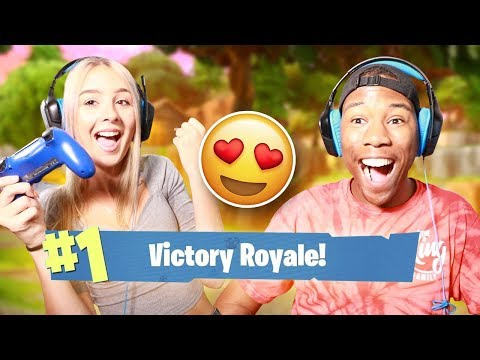 Playing FORTNITE With My HIGH SCHOOL CRUSH (First Date)