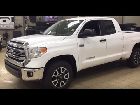 new 2017 toyota tundra trd off road 4 door pickup in. Black Bedroom Furniture Sets. Home Design Ideas