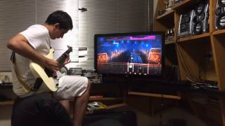 Felipovisky tocando Symphony of Destruction, do Megadeth, no jogo Rocksmith 2014, para PS3.