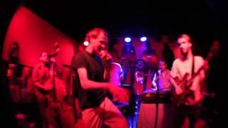 KÄPTN PENG &amp; DIE TENTAKEL VON DELPHI<br>Omega Peng LIVE
