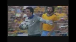 Die besten Paraden des Dino Zoff
