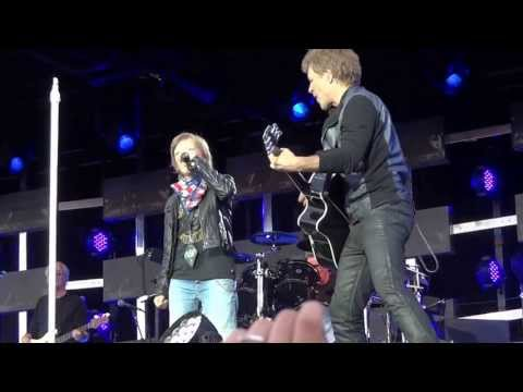 Bon Jovi Shares Stage With 11 Year Old Fan to Sing Wanted Dead or Alive