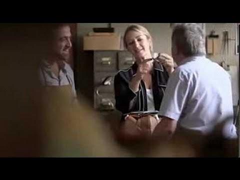 Anya Hindmarch Bespoke видео