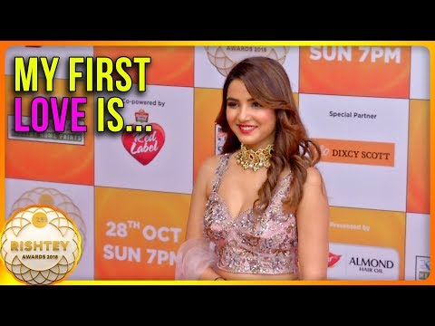 Jasmin Bhasin CONFESSES About Her FIRST LOVE | Zee