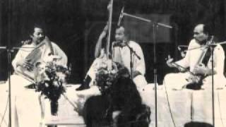 Video Sindhi Bhairavi, Thumri, Ustad Salamat Ali Khan & Ustad Nazakat Ali Khan. Live in India 1968. MP3, 3GP, MP4, WEBM, AVI, FLV Agustus 2018