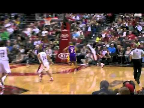 Los Angeles Lakers 86 – Portland Trail Blazers 93
