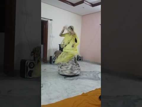 Video मैं ना पहनूँ थारी चूनरी.....राजस्थानी राजपूती डांस download in MP3, 3GP, MP4, WEBM, AVI, FLV January 2017