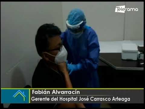 Empezó primera fase de vacunación contra covid-19 en Cuenca