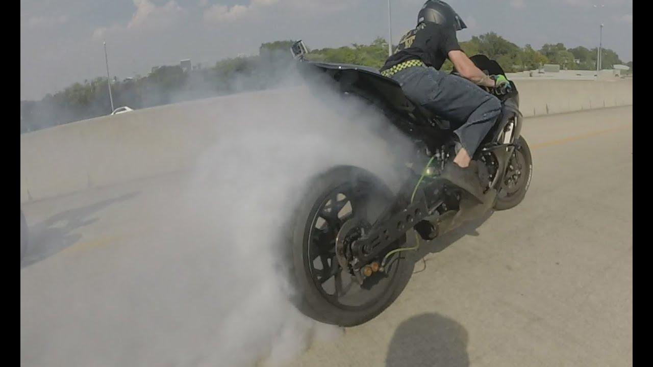 AMAZING Motorcycle DRIFTING Bike DRIFT GYMKHANA High Speed MOTO DRIFTER Suzuki GSXR 1000 DRIFTS 2016