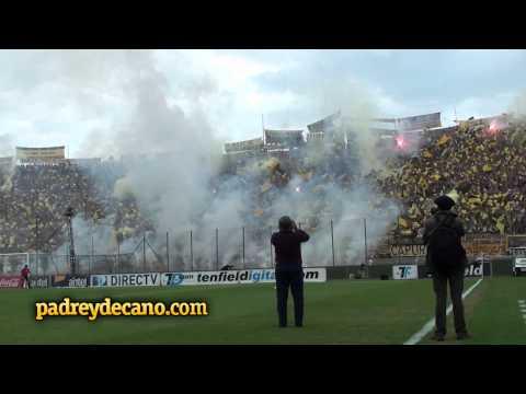 Recibimiento de la Hinchada de Peñarol desde la cancha | Clásico Clausura 2012 [HD] - Barra Amsterdam - Peñarol - Uruguay - América del Sur