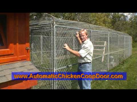 HenSafe - The Automatic Poultry House Door Opener  Closer