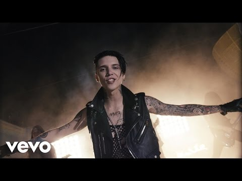 BLACK VEIL BRIDES - Heart Of Fire