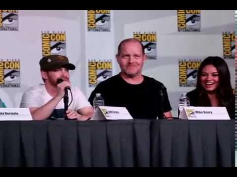 Seth macfarlane - Family Guy Panel from San Diego Comic-Con July 14, 2012 Featuring Alex Borstein (Lois Griffin) Seth Green (Chris Griffin) Mike Henry (Cleveland Brown, Consue...