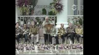 Video H.M. Soeharto (Alm) - Riwayat-TransTV (Part 1) MP3, 3GP, MP4, WEBM, AVI, FLV Mei 2019
