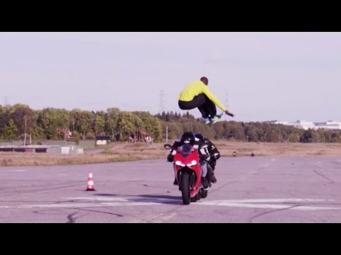 Watch This Man Jump over 2 Motorcycles at 70 MPH