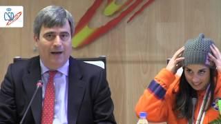 Miguel Cardenal felicita a Queralt Castellet tras su subcampeonato mundial