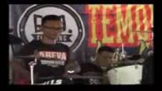 HDsar com Tukang Ojek Pengkolan AREVA MUSIC Live ULTAH TeMon Holic Ke 1 KRA 2016