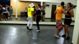 Aula De Dança Forró Sertanejo Universitário Passes Dançar Girar