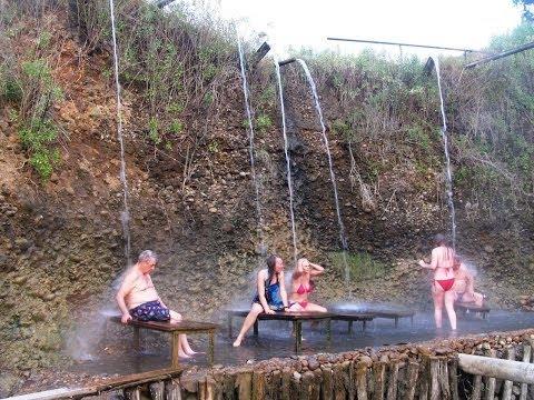 Абхазия. Кындыг. Сероводородные высокотермальные источники.