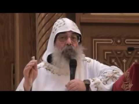 كلمة ابونا بيجول عن مثلث الرحمات المتنيح نيافة الأنبا ابراهام فى قداس الجمعة 27 11 2015