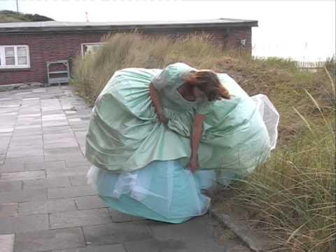 Kristin im Wind