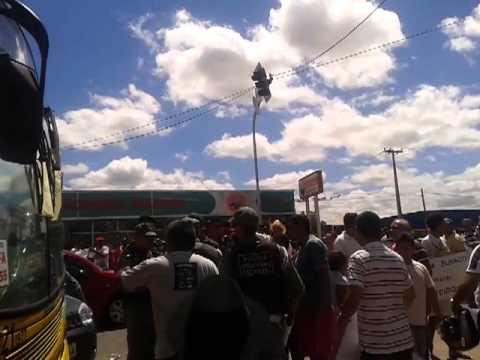 Protesto em juazeiro do norte em frente ao Detran