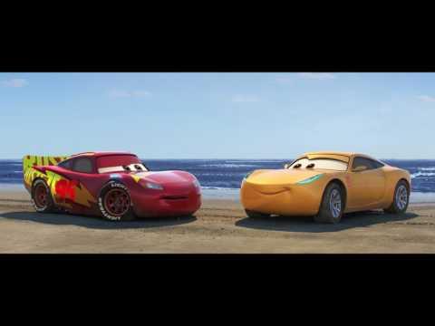 Cars 3 (Clip 'Meet Hamilton')