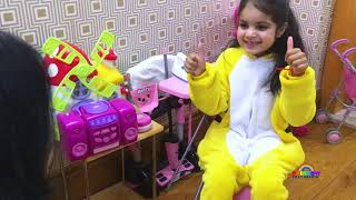 Video Boo Boo Song Story | Cutie and Mommy Pretends Play BooBoo for Kids MP3, 3GP, MP4, WEBM, AVI, FLV Juni 2019