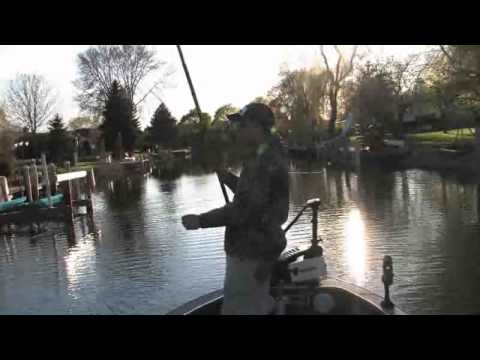 Crappie fishing with Long Rods / Cane poles on Lake Winnebago