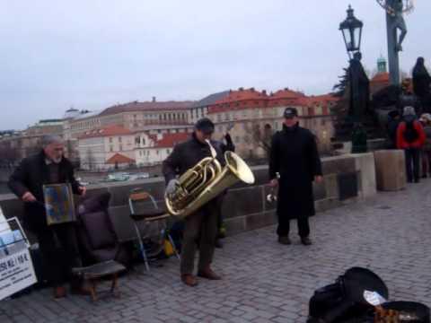 Improviso na Tuba em Praga
