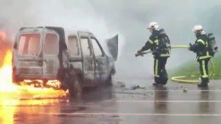 Donville-les-Bains France  city images : Véhicule en feu - Donville Les Bains - Intervention des pompiers.