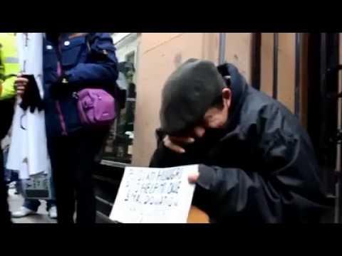 riescono a fermare un importante corteo per aiutare un senzatetto!