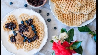 Watch the latest video on how to make easy and quick dairy-free oatmeal waffles with a raw blueberry chia seeds compote. Find the recipe here: http://www.lea...