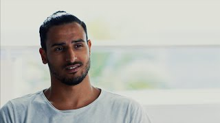 Nacer Chadlis coole Werbung für den Football Manager