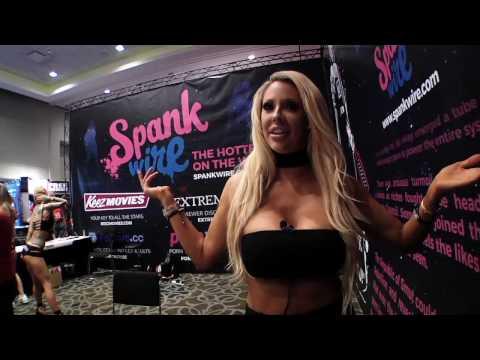 SoloFetishGlam at AVN 2016 Pornstars on Solo Scenes