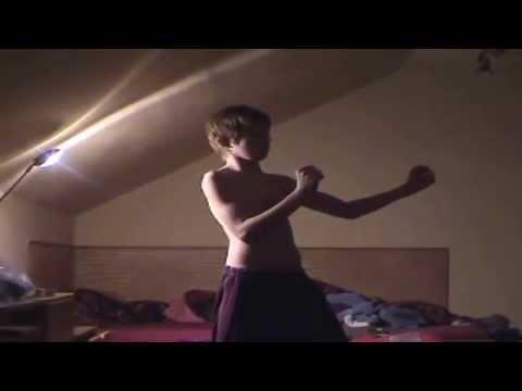 Tadíkův Hovník III - Zpátky do minulosti (dance lesson)